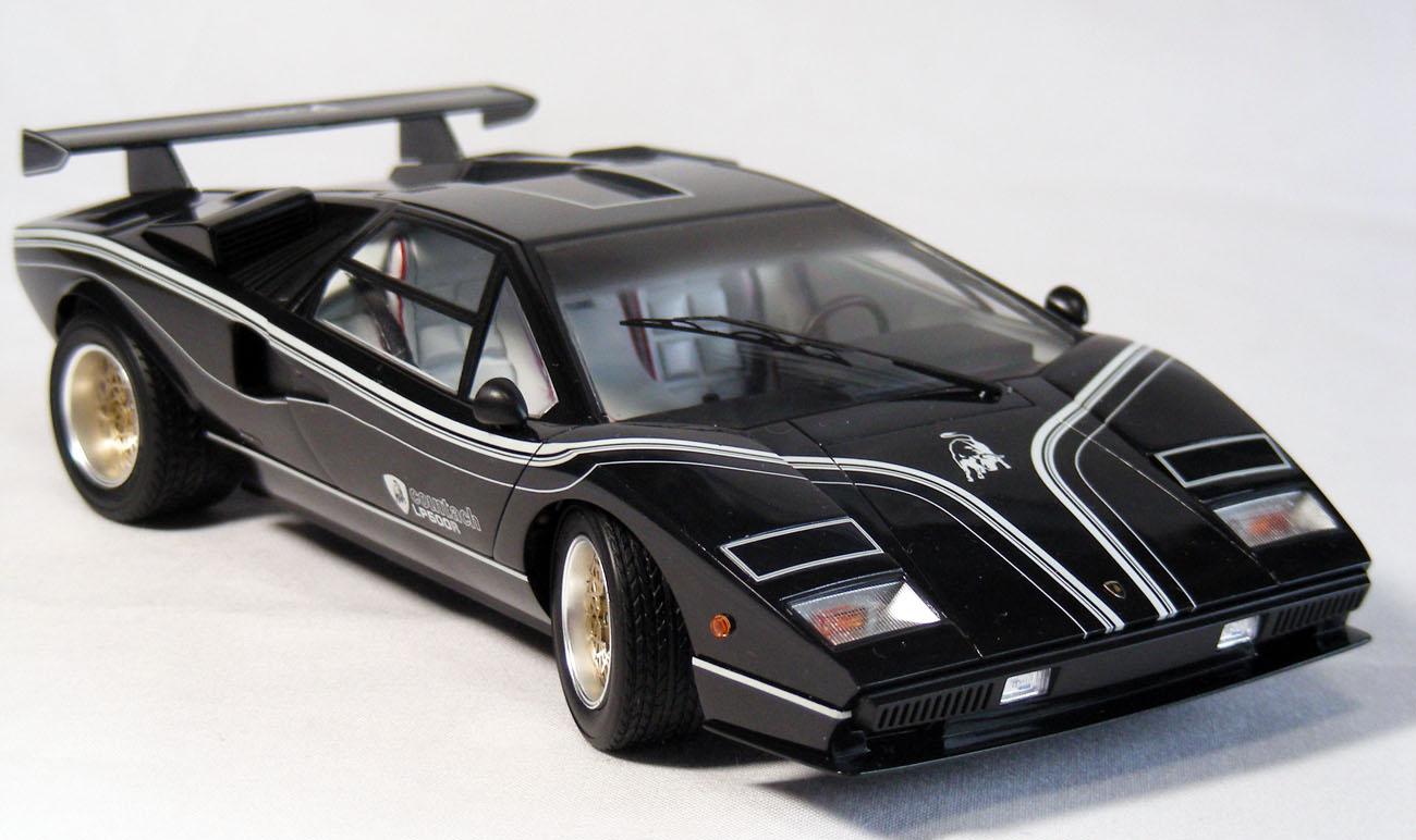 ランボルギーニ・カウンタックLP500R前